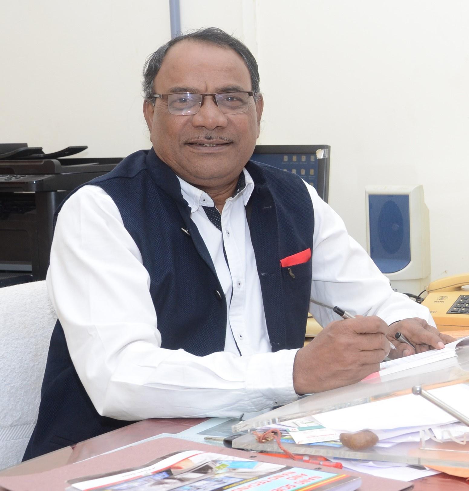 Dr. S. K. Omanwar Sr