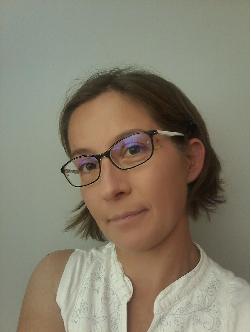 Dr. Hajnalka Jankovics