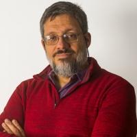 Dr. Adrián Will
