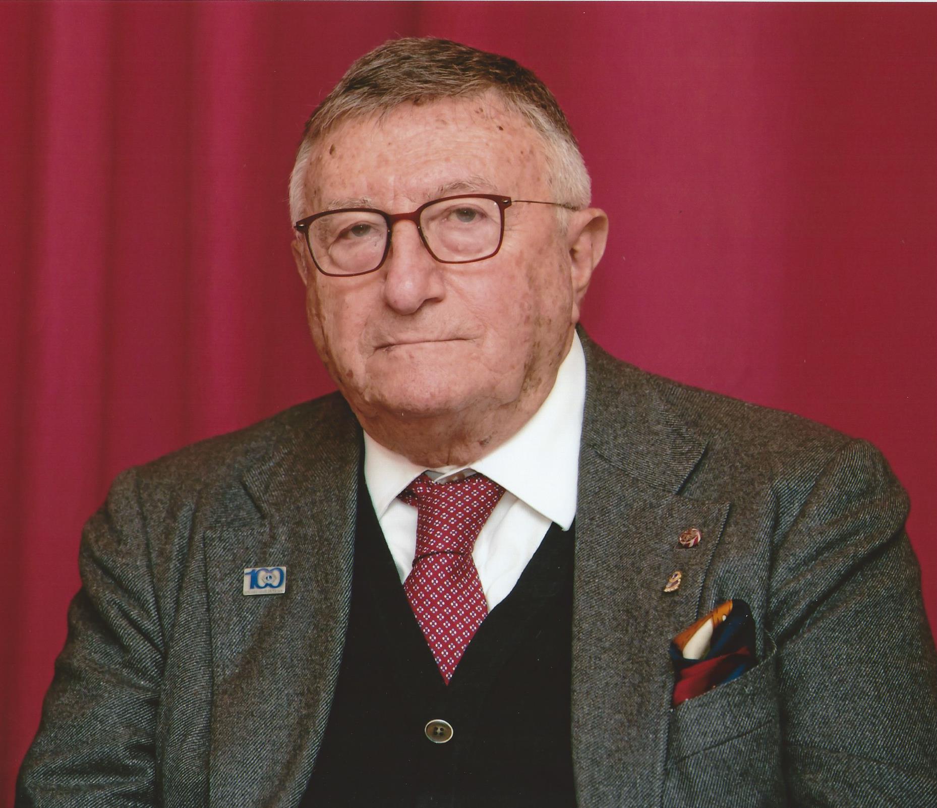 Prof. Dr. Giulio Tarro
